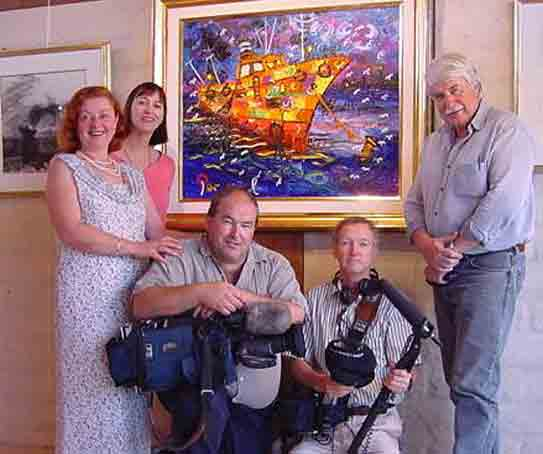 PHOTO: The ABC TV crew, of Australian National News filming John Perceval Retrospective in Galeria Aniela (2000)
